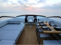 Quantum - Sundeck Seating and dining